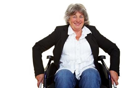 Gesetzliche Pflegepflichtversicherung muss Einbaukosten einer behindertengerechten Terrassentür tragen