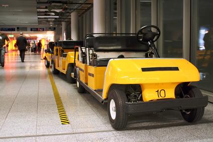 Luftfahrzeug-Haftpflichtversicherung haftet nicht für Transporte auf einem Flughafengelände