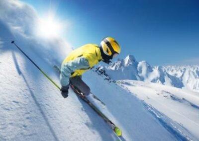 Private Unfallversicherung hat Schadensersatzpflicht gegenüber Skifahrer