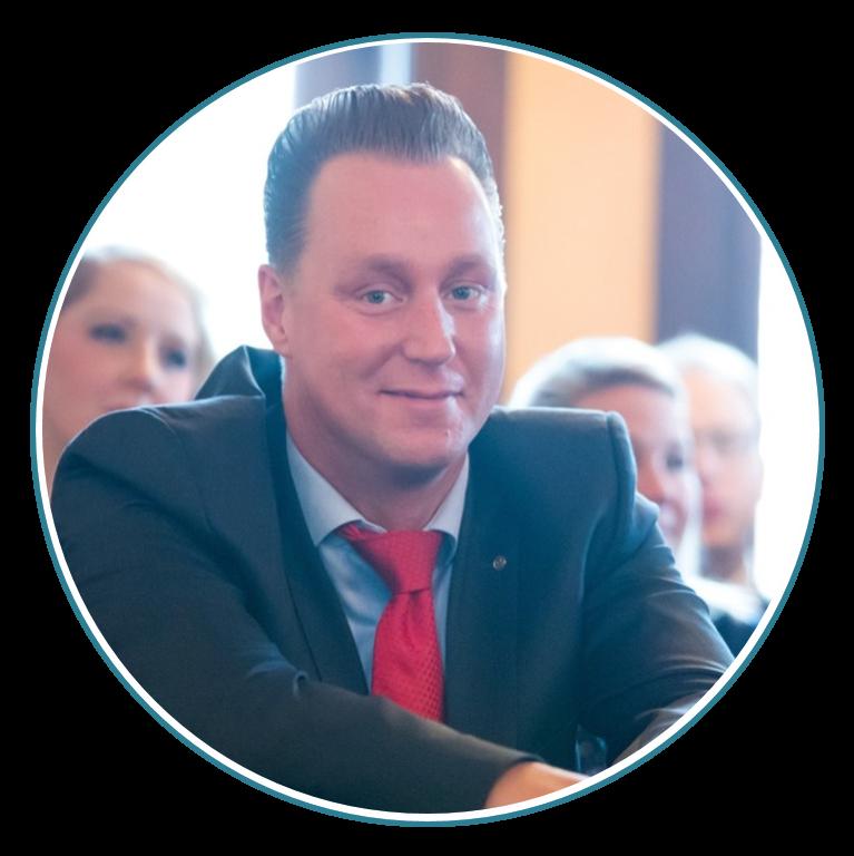 Heute-Experte-werden-Andre-Boettcher-Agentin-Versicherungsmakler-Berlin