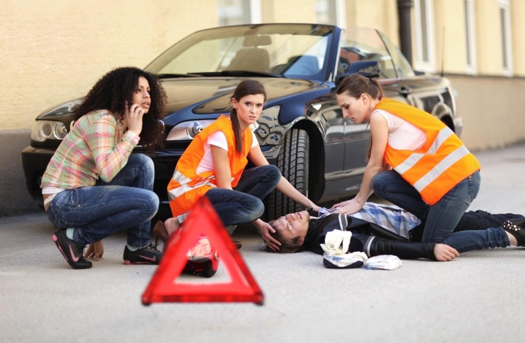 Service-DGUV-gesetzliche-Unfallversicherung-Agentin-Versicherungsmakler-Berlin-Andre-Boettcher