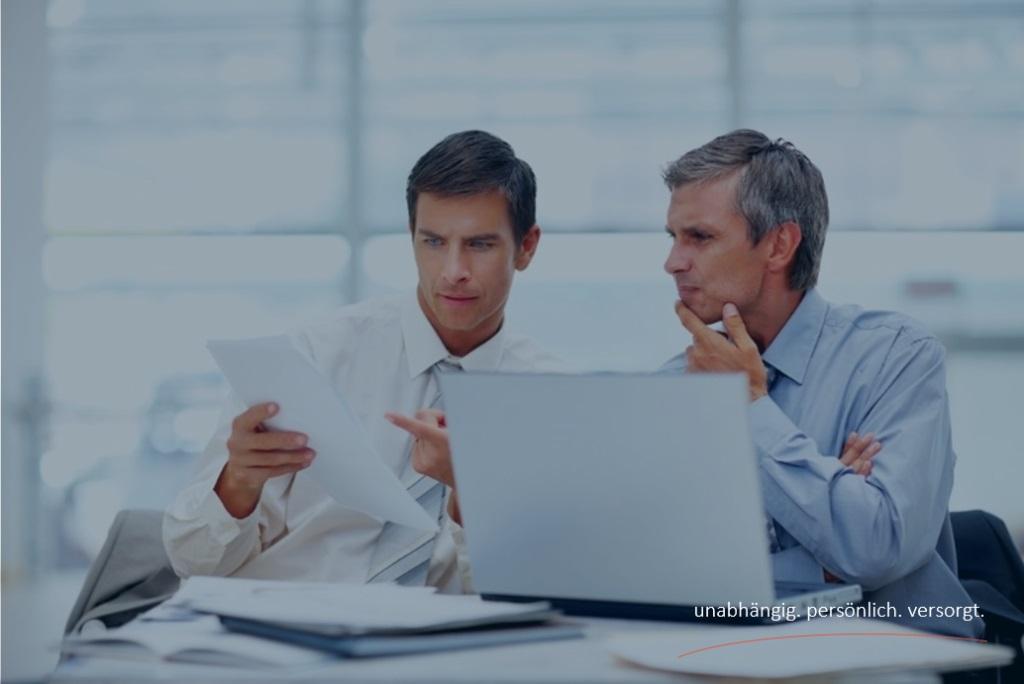 Versicherungen-Agentin-Firmenversicherung-Firmen-Versicherungen-Versicherungsmakler-Berlin-Andre-Boettcher