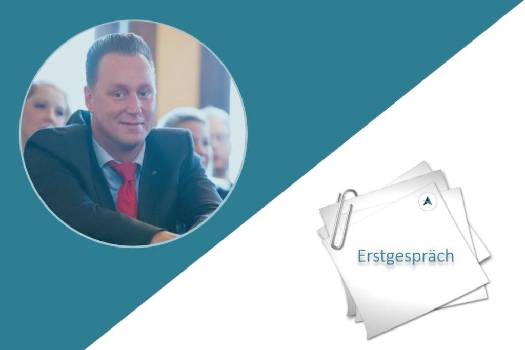 Verbraucherueberblick-Erstgespraech-Versicherungsmakler-Berlin-Andre-Boettcher-Kunde-Agentin